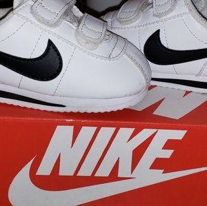 Toddler size 6 unisex Nike Cortez shoes white/blac